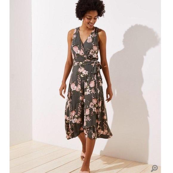 LOFT Dresses & Skirts - ANN TAYLOR LOFT Boutique Wrap Midi Dress